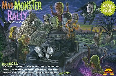 "Aurora Monster Mad Monster Rally ""Fantasy"" Dracula,Mummy,Ygor Sticker, Magnet"