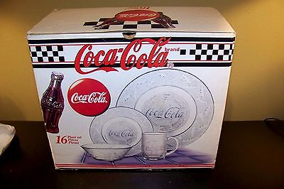 VINTAGE NEW 1997 DURAND INTL COCA-COLA COKE 16 pc GLASS DISH SET PLATE MUG BOWL
