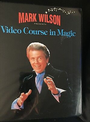 Mark Wilson's VIDEO COURSE IN MAGIC - VHS Cassette - 3 Booklets