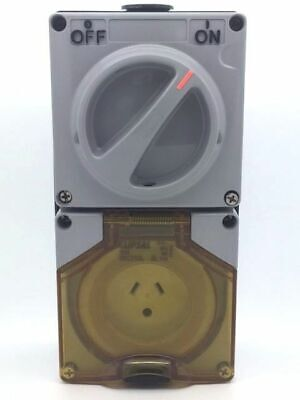 CLIPSAL 56C310L Switched Lighting Socket Outlet 2 Flat 1 Round Earth 10A