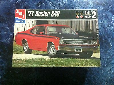Amt Ertl '71 1971 Plymouth Duster 340 1:25 Model Car Kit Sealed