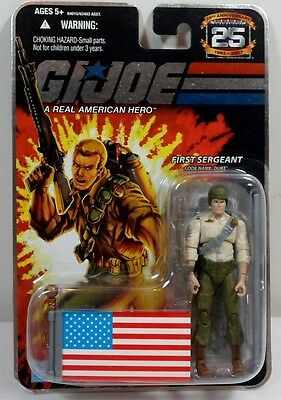 HASBRO GI JOE 2008 25th ANNIVERSARY FOIL DUKE V26 w/ FLAG ACTION FIGURE SEALED