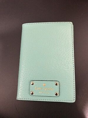 Kate Spade Leather Passport Case New without Tag Blue Turquoise polkadot