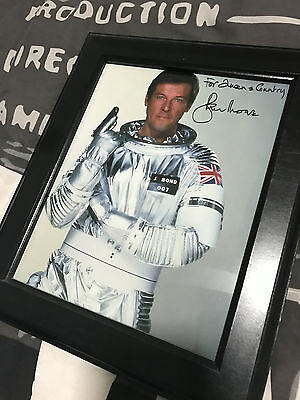 Sir Roger Moore 007 Personally Signed Autograph *BONDSTARS*