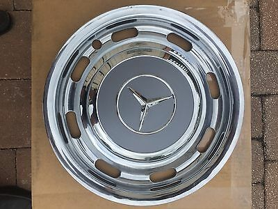 Mercedes 600 Grosser SWB LWB Pullman early Style Hubcap W100 Wheel Cover