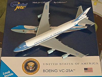Gemini Jets Air Force 1 Boeing VC-25A Diecast Model Aircraft 1/400 Scale