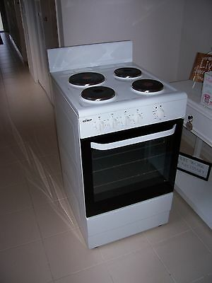 *late Model* Chef Electric Freestanding 540 Wide Stove Grill Oven Vgc.