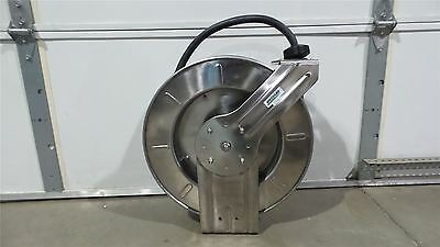 Speedaire 2CUD4 1/2 In (F)NPT 50 Ft L 300 Max PSI Spring Return Hose Reel