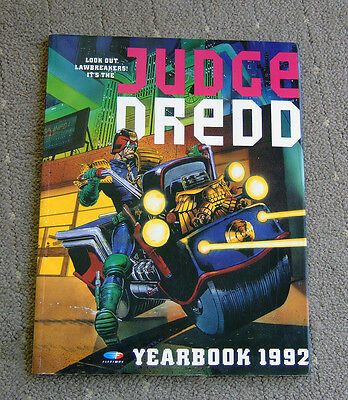 Judge Dredd Yearbook 1992, 96 pages