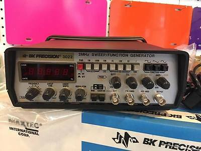 BK Precision 3022 2MHz SWEEP/FUNCTION GENERATOR