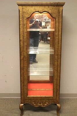 Late 20th Century Italian Light Curio Cabinet