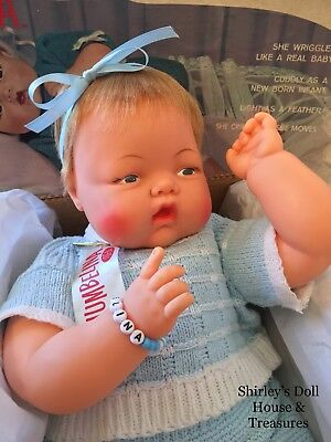 Vintage Antique Ideal CRIER THUMBELINA 0TT-19 DOLL Works ear holes w/ BOX