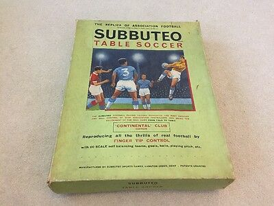 Vintage Boxed Subbuteo Table Soccer / Football Continental Club Edition 1971