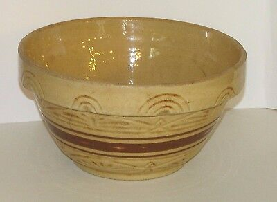 RRP Roseville Ohio #305 Yellow Ware Stoneware Pottery Mixing Bowl 5 1/2 x 10