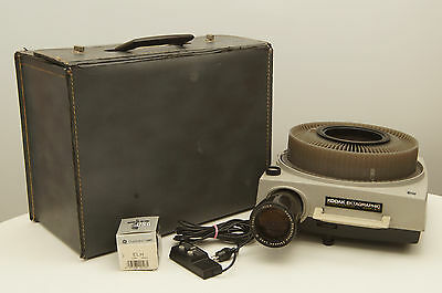 Kodak Ektagraphic Slide Projector Model B-2 with case, remote, and extra bulb
