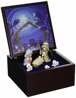 """Precious Moments 161106 Christmas Gifts, """"Heirloom Nativity Set Deluxe Music"""