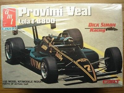 AMT 1:25 Scale Provimi Veal Lola T-8800 Indy Car Model Kit New - Arie Luyendyk
