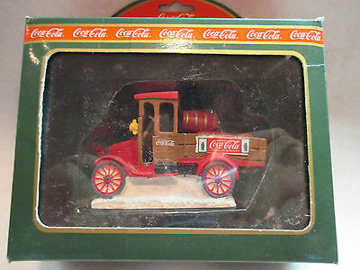 Coca-Cola Town Square Delivery Truck NRFB Free Shipping