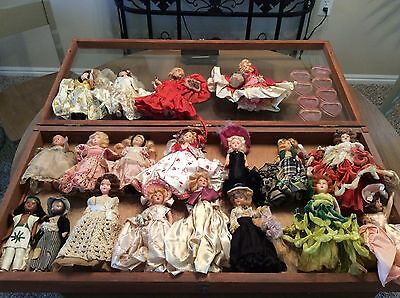 19 lot of vintage Dolls Story Book Plastic 1 Bisque- nice collection!