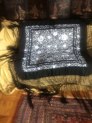 Beautiful Antique Chinese Manton/Canton Hand Embroidered Lightweight Piano Shawl