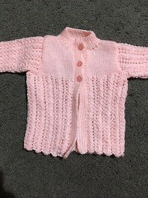 Baby Girls Gorgeous Pink Hand Knitted Long Sleeved Pink Cardigan Size 0000 EUC