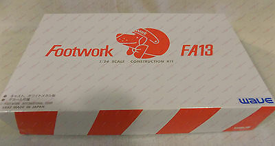 Wave Footwork FA13 1/24 Model Kit FI-31