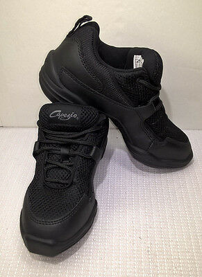 Capezio Adult Fierce Dansneakers Black Dance Sneaker Shoe Flat Tip Size 4.5 New
