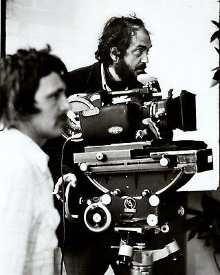 STANLEY KUBRICK 70s shot of DIRECTOR w camera Hollywood Celebrity photo (49bh)