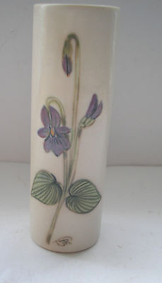 VINTAGE 1930s HAND PAINTED ??  SPILL VASE  STAMPED VI PATCHER  CB/1