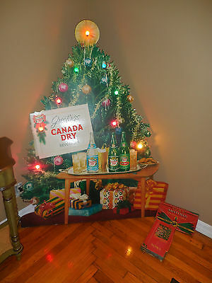 LARGE Vintage Litho Christmas CANADA DRY Beverages 5ft Carboard Store Display