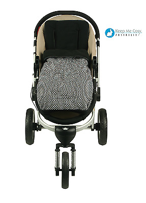 Keep Me Cosy 2 in 1 infant Footmuff + FREE Harness & Buckle Cosy - Ink Spot