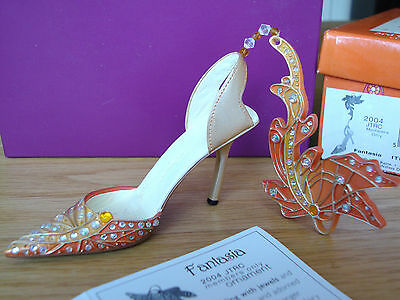 Just The Right Shoe - Fantasia #90219, 2004 Club Membership Exclusive