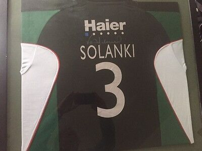 Signed And Framed Vickram Solanki Worcestershire Shirt*rare* Excellent Condition