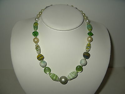 Vintage Estate Green Venetian Czech Glass Pearl Graduated Bead Necklace