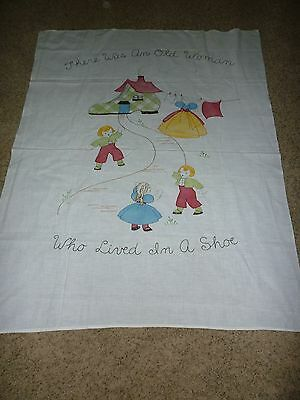 VINTAGE COTTON MUSLIN  BABY CRIB COVERLET w EMBROIDERED NURSERY RHYME