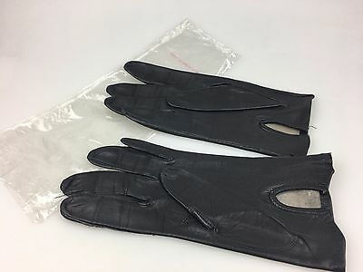 Vintage - Ladies Gloves - Leather Look Gloves - Made In Hong Kong - Appear New