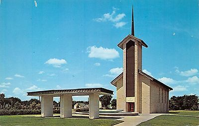 Postcard KS Abilene Eisenhower Center Place Of Meditation Vintage Kansas PC