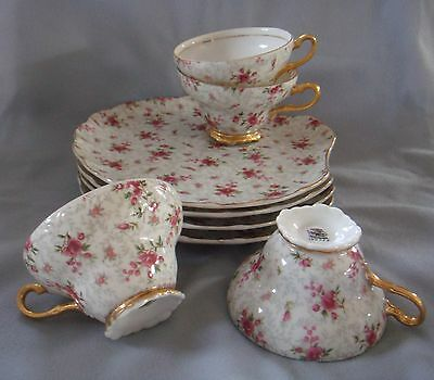4 Vintage NAPCO HP ROSE CHINTZ TEA CUP & SNACK PLATE SETS Scalloped GOLD #1DD322