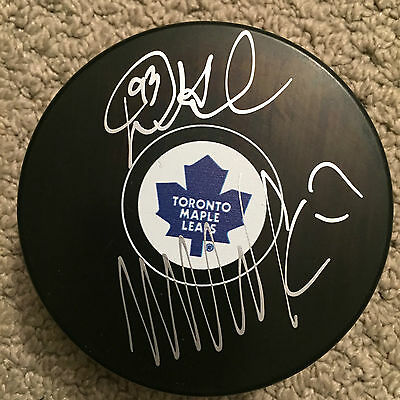 Toronto Maple Leafs Wendel Clark And Doug Gilmour Dual Signed Puck / Coa