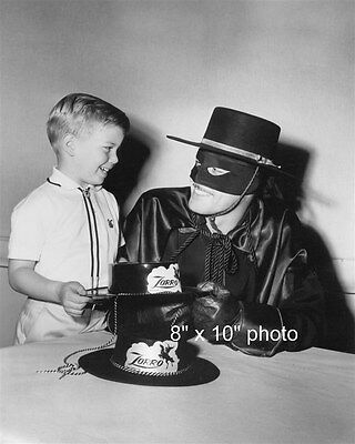 GUY WILLIAMS ZORRO photo with his SON and CHILD'S hat (92)
