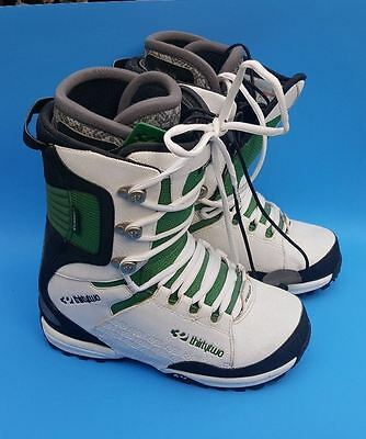 ThirtyTwo LASHED Snowboard Men's Boots Size 10 White Black & Green