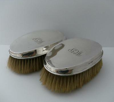 PAIR OF MENS SILVER HAIR CLOTHES BRUSH SET Sheffield 1922 Walker & Hall