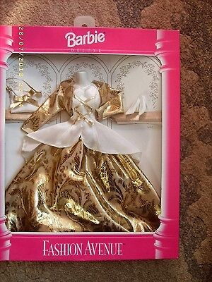 1995 Boxed Mattel Barbie Doll Fashion Avenue Collection No 14307