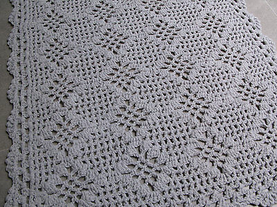 New Handmade Rectangular Diamond Design Light Gray Crochet Rug Medium 32x19