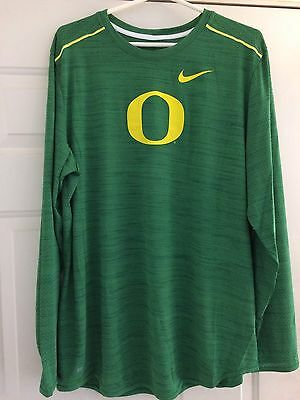 Oregon Ducks Basketball Team Issued Player Issued Nike Size Large Shooting Shirt