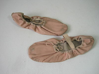 BLOCH Ballet Shoes Sz 7.5 Slippers Flats Womens Leather Upper Sole Cotton Lining