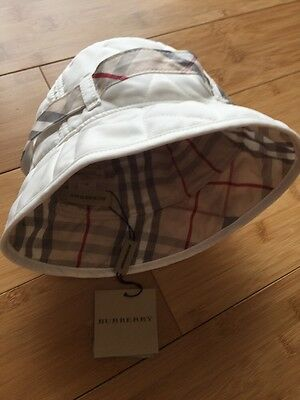 burberry baby bucket/ sun hat size 46