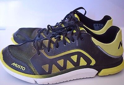 Mens MUSTO Trigenic @ Clarks  Black / Yellow Trainers Size 11 Eu 46 £105.95