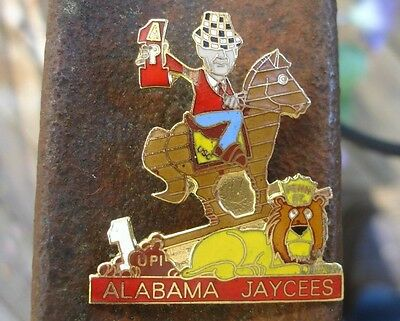 rare 1978 National Champ Alabama Crimson Tide Football pin Coach Bear Bryant USC