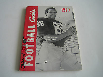 1977 Official Collegiate Ncaa Football Guide***ross Browner Notre Dame***